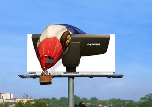 Amazing-outdoor-advertising-lycodonfx (6)