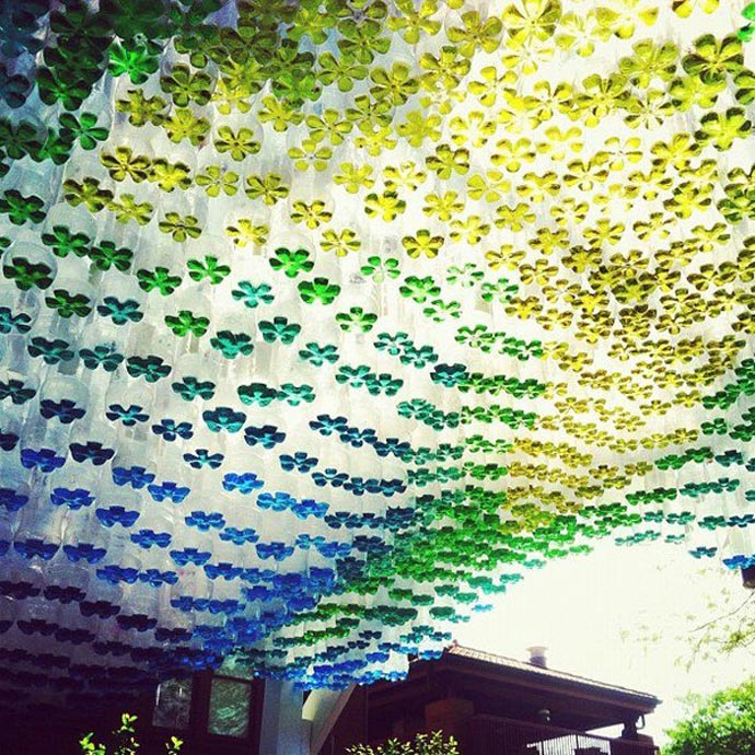 Plastic bottle recycle art frm waste-LycodonFX (8)