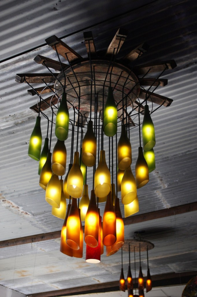creative Ideas to recycle plastic glass and other waste into art lycodonfx (15)