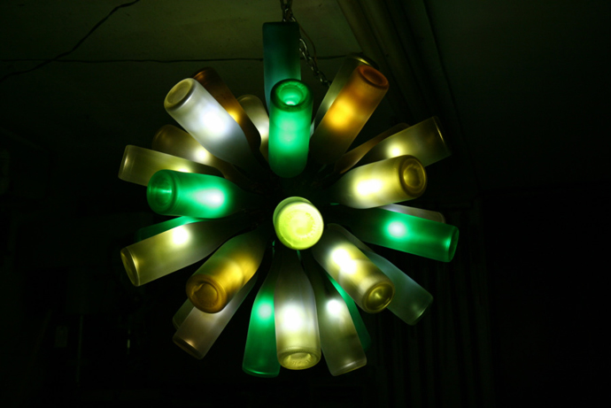 creative Ideas to recycle plastic glass and other waste into art lycodonfx (3)
